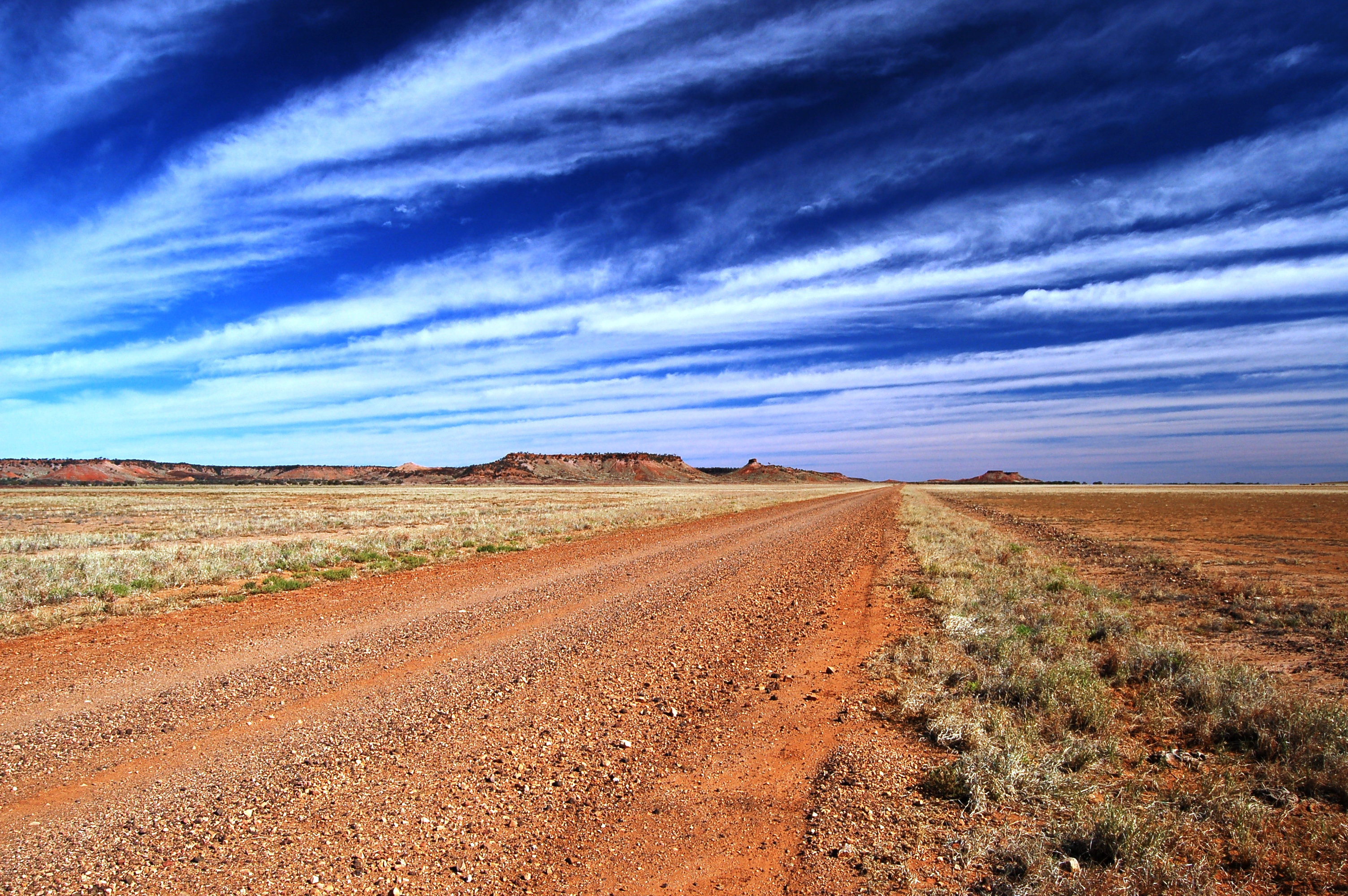 mayne range diamantina np outback australia visit the australian ...