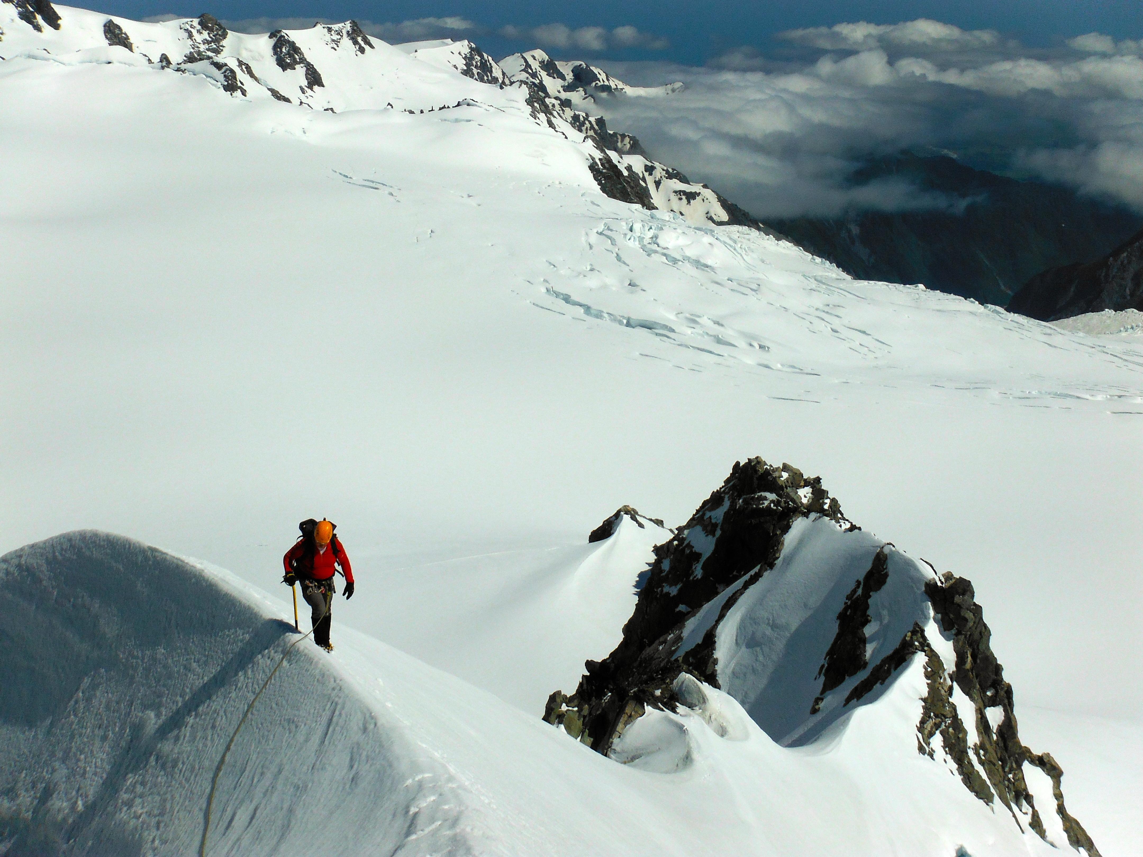 Baz traversing Mt Aurora