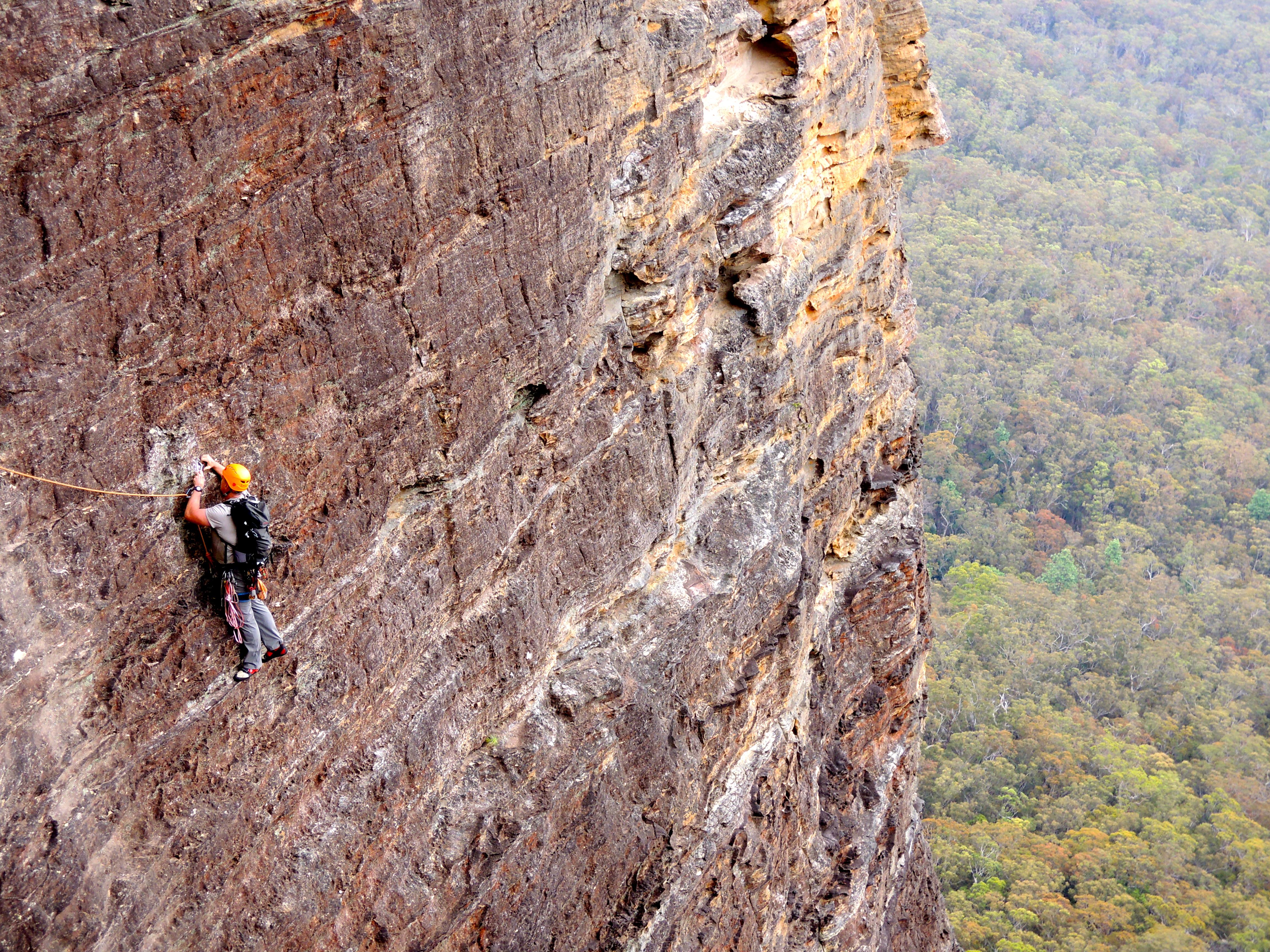 Baz - Climbing out Boar's Head, Blue Mountains, Australia