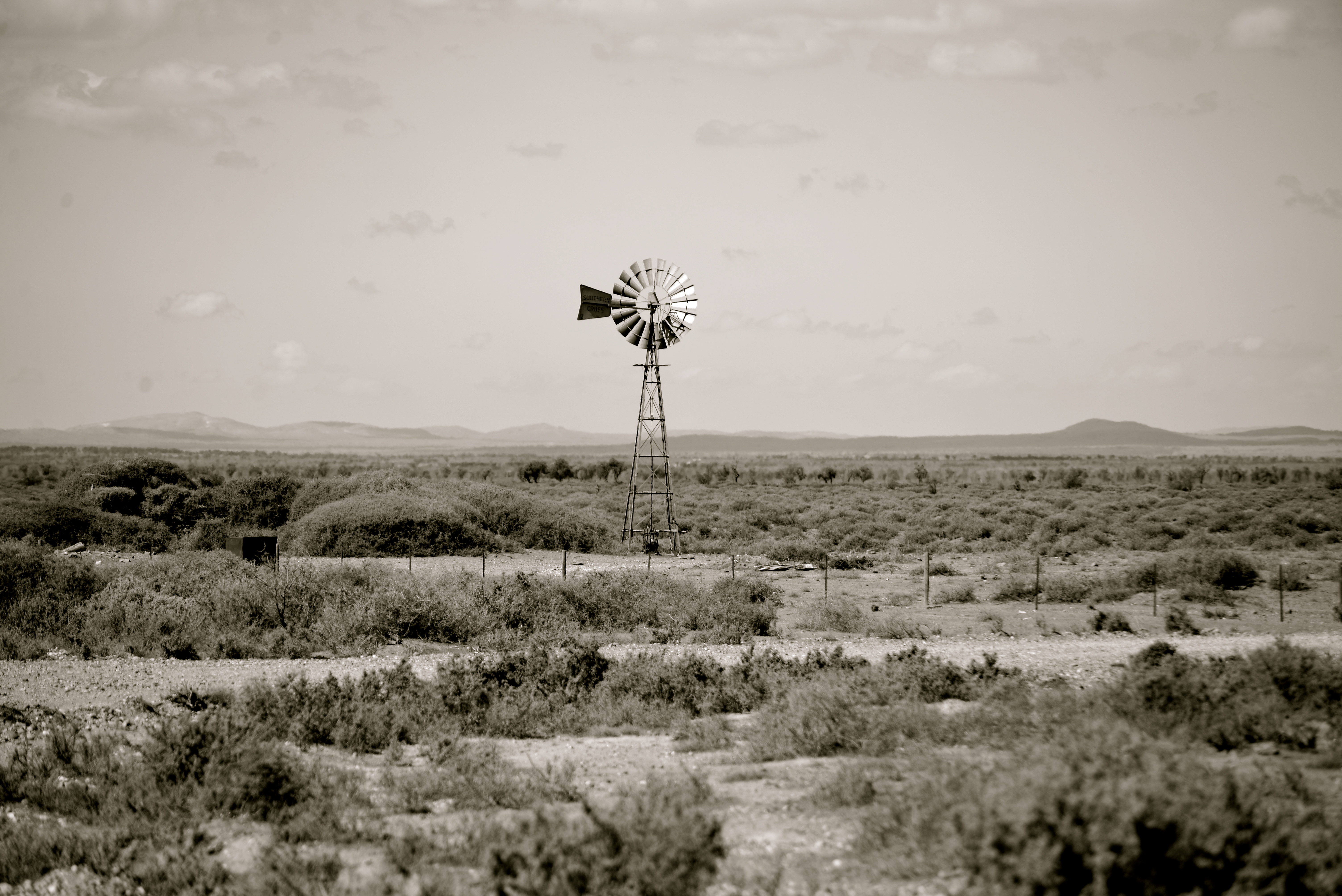 the australian outback essay Most tribes lived in the outback of australia where they had to contend with the harsh climate of our country, the native animals and words 622 - pages 3 australian aubergines essay.